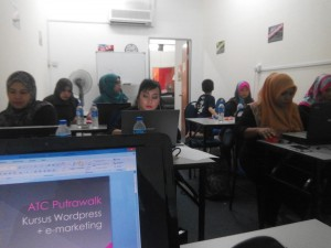 kursus-seminar-wordpress-income-internet-website-development-bina-web